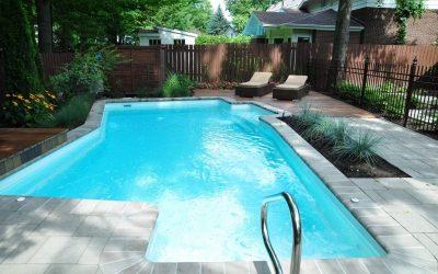 Tout savoir sur l'aménagement paysager d'une piscine creusée